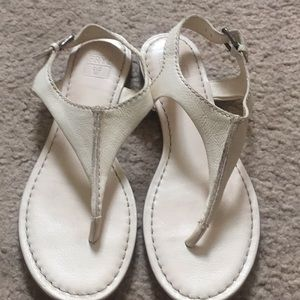 FRYE thong sandals 7.5